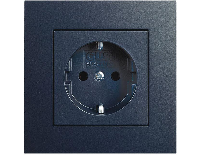 Купить Розетка одногнездная с заземлением без рамки Gusi Extra С1Р3-010 графит